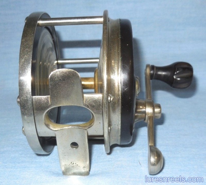 E HOLZMANN Surf King 1900 Patent Design Reel circa 1910  4