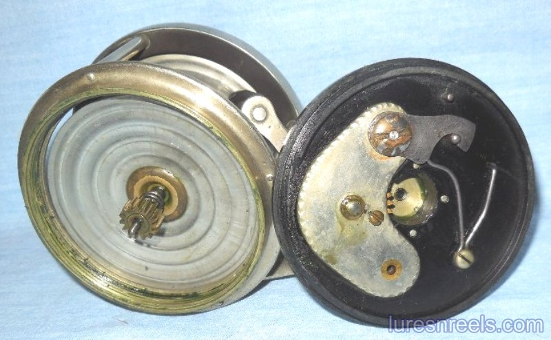 E HOLZMANN Surf King 1900 Patent Design Reel circa 1910  7
